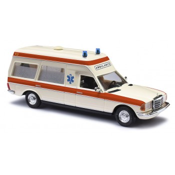 Busch 522001 Mercedes Benz VF123 Miesen Ambulance Holland HO 1:87