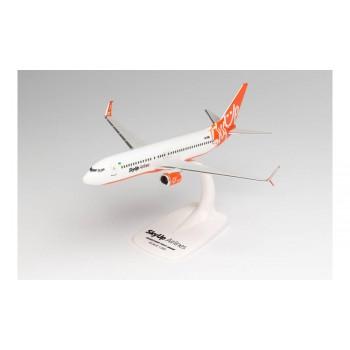 Herpa 613187 Boeing 737800 SkyUp Airlines 1:200