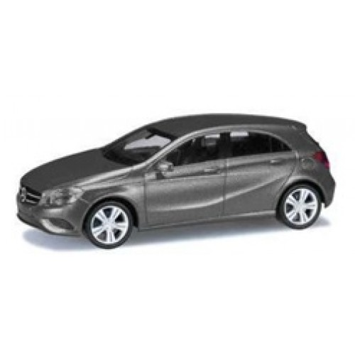 Metallic mountaingrau Mercedes Touch