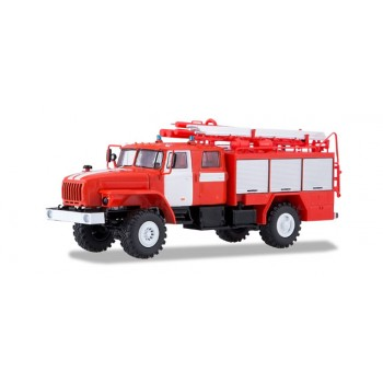 Start Scale Models S83SSM1235 Ural 43206 Tanklöschfzg PSA2 1:43