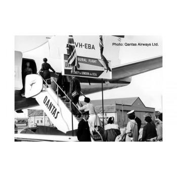 Herpa 571005 Passenger stairs + tracor Qantas